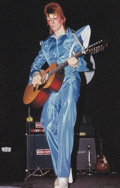 David Bowie blue outfit not familiar with.