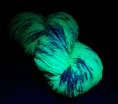 Highland  Worsted Wool  Atomic Zombie by twistedfate on Etsy, $18.00