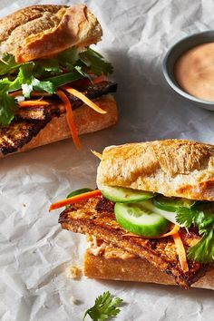 This Vietnamese sandwich is typically a combination of meat (usually pork) and vegetables, but our take here is plant-based and calls for. Vegetarian Vietnamese, Vietnamese Sandwich, Vegetarian Italian, Vegetarian Meal Prep, Vegetarian Recipes, Vietnamese Food, Healthy Recipes, Marinated Tofu, Veggie Sandwich