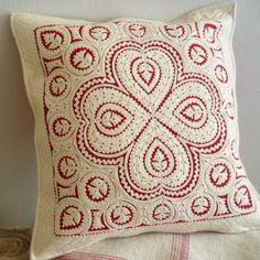 Sewing: Hungarian feltwork