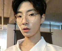 Handsome Actors, Cute Actors, Asian Actors, Korean Actors, Bts Bon Voyage, Drama Funny, Aesthetic People, Boy Pictures, Care Bears