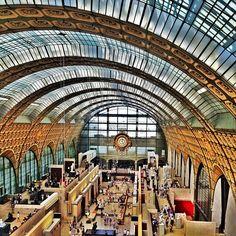 Housed in a former railway station, home of my favourite painting, Renoir's luminous Bal du Moulin de la Galette.