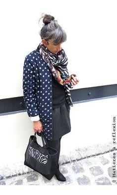 Juniper Rose/Pyrus Doudoune Tami Ikat #juniperrose #pyrus #doudoune #tami #ikat #navy #bleumarine #coat #bags #sacs #matieresareflexion #handmade #madeinparis #upcylced #vintagejacket #jupe #skirt #custommade #foulard #scarf #mapoesie #shoes #chaussures #patriciablanchet