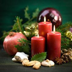 Velas de Navidad encendidas