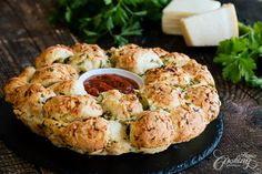 Garlic Cheese Monkey Bread :: Home Cooking Adventure