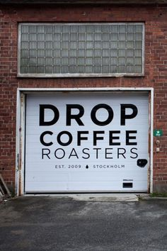 We chat with Joanna Alm, the sweet and hospitable co-owner of Drop Coffee, about Swedish coffee culture and life in Stockholm. Coffee Shop Bar, Coffee Cafe, Coffee Shops, Cafe Shop, Cafe Bar, Cafe Design, Store Design, Interior Design, Café Theatre