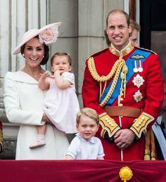 ウィリアム王子&キャサリン妃が変えた英国王室の常識11 もっと見る