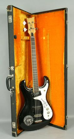1971 Mosrite Ventures Bass Post Ventures endorsement so only says  Mosrite on the headstock Original Black finish Original Parts except Replaced Tuners (3 of the Original Tuners are included and are in the case)Pickguard signed by C.J. Ramone, who replaced Dee Dee Ramone in 1989 and played with the Ramones from then until the end of the group in 1996 Guitar plays and sounds great! Comes with Hard Case