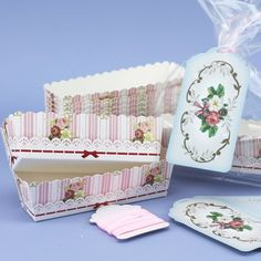 Pack Of 12 Frills & Frosting Loaf Moulds With Ribbon & Tags. £6