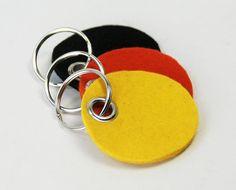 Wool Felt Keychain Key Chain Key Fob Key Holder Key ring Split Ring Handmade Made to order with Ring 1356 op Etsy, 3,84 €