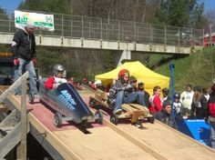 Soap Box Derby, apr 2012.