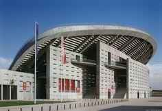 Peineta-Estadio-Atletismo-Madrid_Design-exterior-perfil-voladizo-entrada_Cruz-y-Ortiz-Arquitectos_DMA_10-X