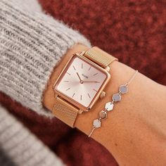 Classic Women's Timepiece selections just for you womens watches Stylish Watches, Luxury Watches, Cool Watches, Watches For Men, Ladies Watches, Cheap Watches, Wrist Watches, High End Watches, Swiss Army Watches