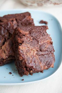 These sound so good! I have to make them when I have people over or I would eat the whole pan. Fudgy Brownies Caramel Recipe
