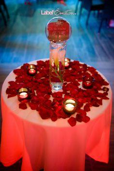 Mars et Venus Mariages - Plan de table original - Mariage thème Vins ...