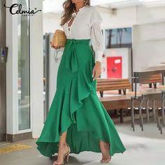 Look Fashion, Hijab Fashion, Fashion Outfits, Womens Fashion, 2000s Fashion, Fashion Bags, Spring Fashion, Elegant Dresses, Beautiful Dresses