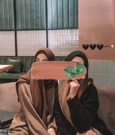 Hijab Niqab, Hijab Chic, Mode Hijab, Hijab Outfit, Hijabi Girl, Girl Hijab, Bff Goals, Best Friend Goals, Muslim Girls