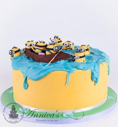 Minion Cake by Annica's