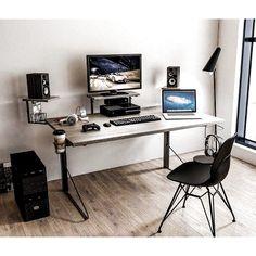 Gaming Desk Black, Gaming Computer Desk, Computer Desks For Home, Gaming Room Setup, Home Desk, Pc Desks, Computer Desk Design, Best Gaming Setup, Home Studio Setup
