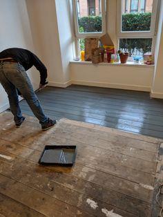 Home Remodeling Floors Ronseal Diamond Hard floor paint. Covers original wooden floor with ease. Painted Hardwood Floors, Painted Floorboards, Old Wood Floors, Stained Plywood Floors, Staining Hardwood Floors, White Painted Floors, Black Wood Floors, White Washed Floors, Cleaning Wood Floors