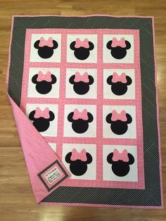 Minnie Mouse quilt!!!