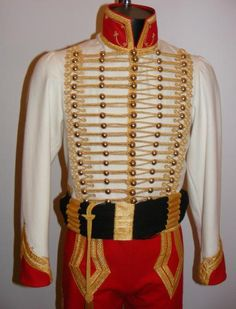 Hussar type dolman, trousers and sash, for Lieutenant staff officer, of Marshall Berthier. Marshall Berthier, prince of Wagram chose red and black colors for his staff officers uniforms. Reproduction uniform described by Rigo. Vintage Military Uniforms, Military Costumes, Military Dresses, Military Style Jackets, Military Clothing, Military Inspired Fashion, Military Fashion, Marie Antoine, British Army Uniform