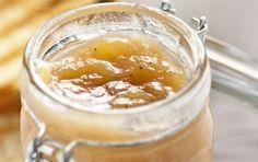 Marmellata di banane - Ecco come preparare la marmellata di banane utilizzando banane mature, zucchero, succo di limone, e cannella e vaniglia.