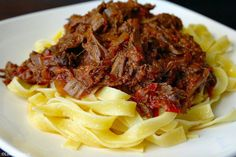 pastasaus met draadjesvlees uit de slowcooker 5