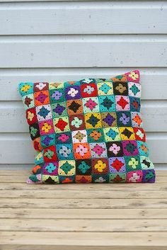 Crochet pillow (no pattern, but again, easy enough to deduce I think). LOVE the colors!: