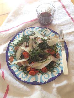 Lischi con scaglie di pecorino, aceto balsamico e prosciutto croccante