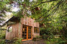 Brian Schulz a construit sa tiny house japonaise pour 9000 euros dans l'Oregon, aux États-Unis