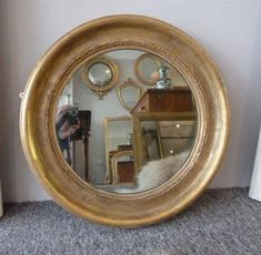 gilt victorian wall mirror, perfect for so many spaces