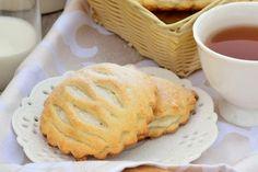 Biscotti con farina di riso e crema al cioccolato bianco Biscotti, Apple Pie, Italian Recipes, Cocktails, Bread, Baking, Desserts, Food, Sweets