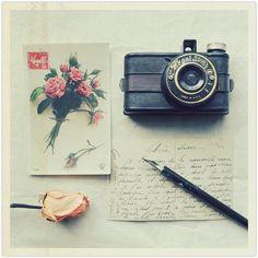 pretty vintage vignette #camera #rose