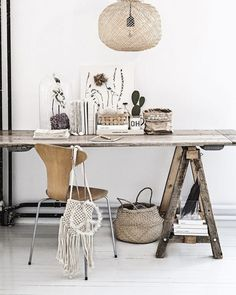 Wabi-Sabi Style in 5 Steps - The Hottest Home Design Trend of 2018 Home Office Space, Home Office Design, Desk Office, Workspace Inspiration, Interior Inspiration, Diy Casa, Ideias Diy, Rustic Style, Office Furniture