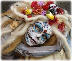 Sugar Skull... The Skeleton Key   http://www.ebay.com/itm/Day-of-the-Dead-Dia-de-los-Muerta-Sugar-Skull-Art-Doll-Sculpture-Vicci-Noel-/121003818698?pt=US_Dolls_Bears_Toys=item1c2c63beca