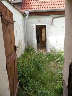 Garage Doors, Outdoor Decor, Home Decor, New Homes, Decoration Home, Room Decor, Home Interior Design, Carriage Doors, Home Decoration