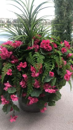 Artificial Flowers Outdoors, Outdoor Flowers, Artificial Plants, Outdoor Pots, Patio Plants, Faux Plants, Potted Plants Full Sun, Full Sun Container Plants, Flowering Plants