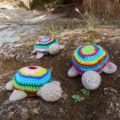Turtle obsession...Turtle Amigurumi Crochet Toy. Oh I wish I could crochet! These are adorable!!