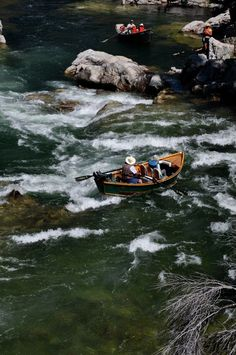 Drift boat on the Middle Fork of the Salmon River in Idaho.  helfrichoutfitter.com  Photo: Kelsey Helfrich