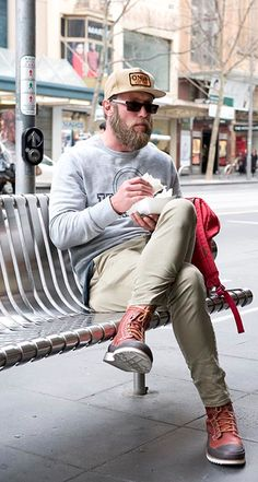 - I am pinning this one solely for his awesome beard. Best Mens Fashion, Hipster Fashion, Street Fashion, Beard Love, Man Beard, Hipster Looks, Look Man, Awesome Beards, Men Street