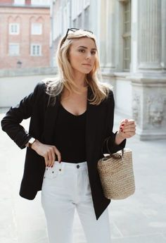 Jen's Favorite Things: Winter 2018 Edition. black and white simple chic summer outfit Chic Summer Outfits, Preppy Outfits, Classy Outfits, Chic Outfits, Fashion Outfits, Outfit Summer, Formal Outfits, Blazer Outfits, Office Outfits