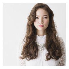HAIR STYLIST▶kakimoto arms AOYAMA/Chikako Utsumi  #CYAN #HAIRSTYLE #HAIRSALON #LONGHAIR #JAPANESEGIRL #ロングヘア #ヘアカタログ #ヘアアレンジ #髪型