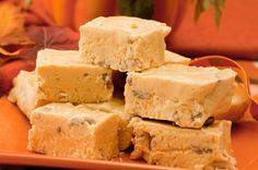 Walnut Pumpkin Fudge. #food #fudge #candy #autumn #Thanksgiving