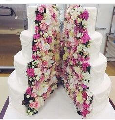 Unique Wedding Ideas 2018 For The Unconventional Bride Want to break all the rules on your wedding day? Here, 45 alternative wedding ideas for the unconventional a dip-dyed gown to crepe cake to hand-drawn invites. Crazy Cakes, Fancy Cakes, Big Cakes, Fancy Desserts, Gorgeous Cakes, Pretty Cakes, Amazing Cakes, Inside Out Cakes, Wedding Ideas 2018
