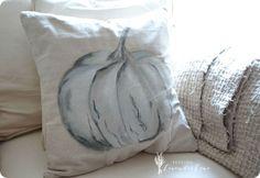 Pottery Barn Pumpkin Pillow Knock Off Pumpkin Pillows, Fall Pillows, Diy Pillows, Toss Pillows, Decorative Pillows, Potter Barn, Pottery Barn Pillows, Diy Pillow Covers, Pottery Barn Inspired