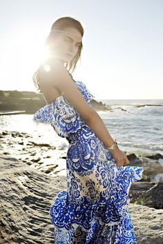 Grecian blue print