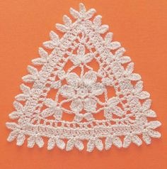 Ivelise Handmade: Beautiful!! Triangle In Crochet!