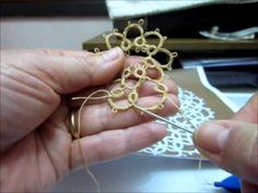Frivolite-Tatting lesson 56 - como cerrar una flor - union alternativa - YouTube