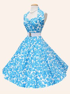 Halterneck White Blue Rose Dress from Vivien of Holloway trends Blue Floral Dress Wedding Invitations Trends 2019 Vintage Outfits, Vintage Style Dresses, 1950s Dresses, Rockabilly Dresses, Fifties Fashion, Retro Fashion, Vintage Fashion, 1950s Style, Pretty Dresses